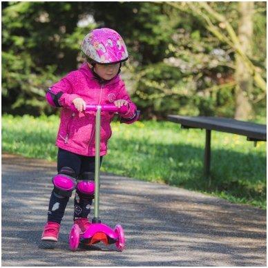 Vaikiškas triratis paspirtukas su šviečiančiais ratukais nuo 4m. vaikams (iki 20kg) Worker Lucerino Pink 4